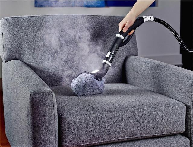 заказать чистку мягкой мебели в компании Profclean