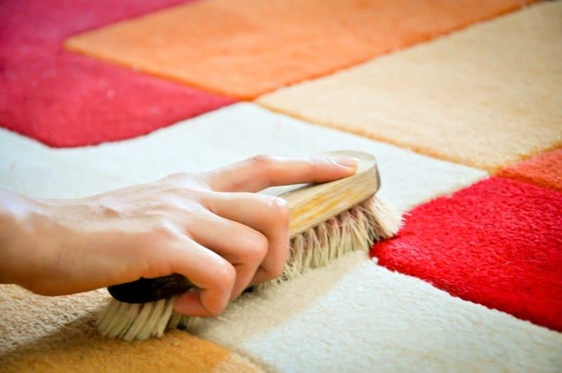 чистка шерстяных ковров