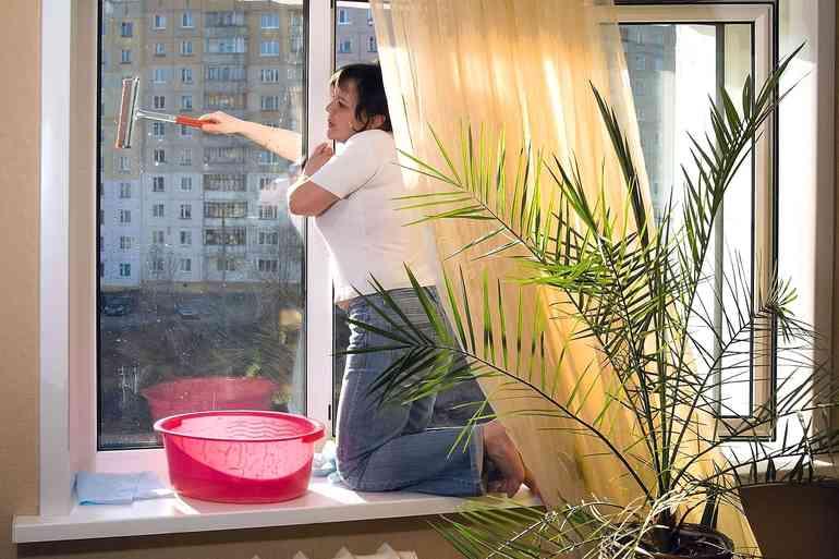 мыть окна с двух сторон